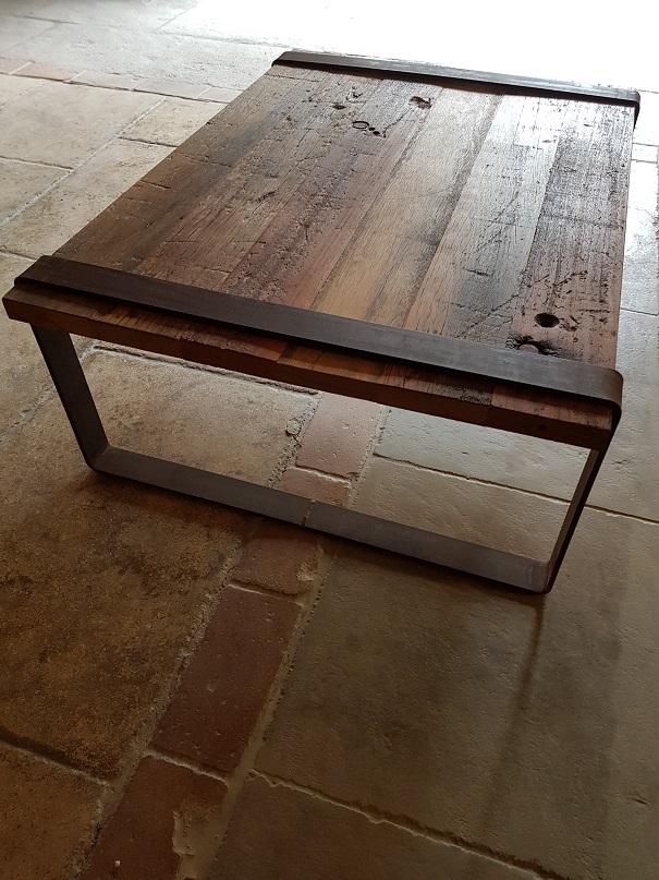 Table basse en vieux bois provence mat riaux anciens - Table basse vieux bois ...